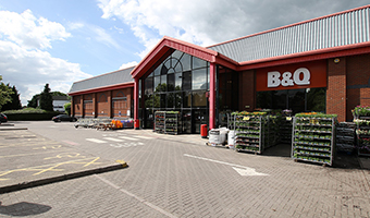 East Midlands Retail Warehouse Sale