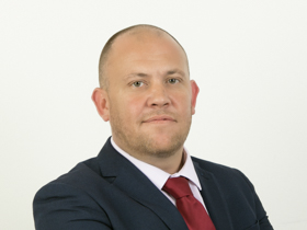 Darren Scott | Associate Director - Head of AML CDD Team